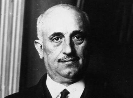 Αλέξανδρος Παπαναστασίου (1876 – 1936): Αρκάς νομικός και κοινωνιολόγος, από τις σημαντικότερες πολιτικές προσωπικότητες της νεώτερης Ελλάδας.