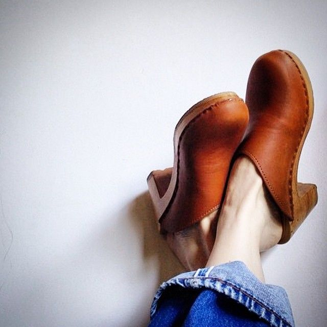 sven-clogs:  Fawn leather #clogs @svenclogs #sven #svenclogs