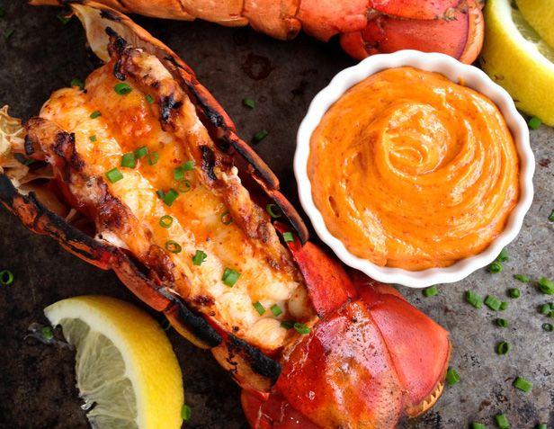 Cette recette est un vrai délice et ça ne vient pas tout changer le goût du homard non plus alors les grands amateurs seront contents!