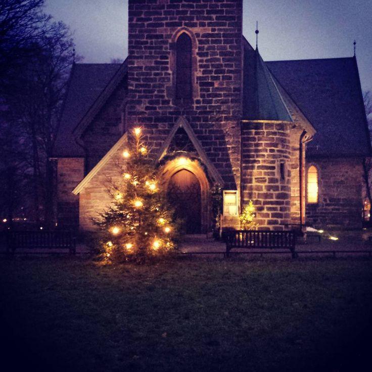 Årstad kirke ved juletider<3 <3  (photo by Djae Telle - link to her instagram profile)
