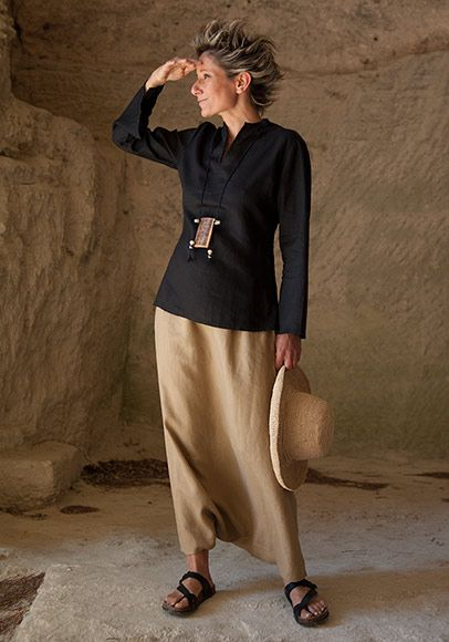 Black linen blouse and sarouel skirt