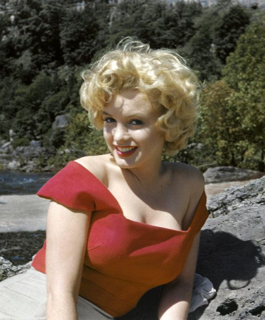 'Lost photos' of Marilyn Monroe surface for her 90th birthday