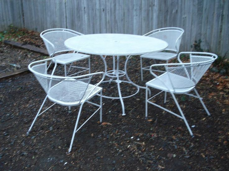 Vintage woodard just scored this same set for 40 on for Outdoor furniture denver