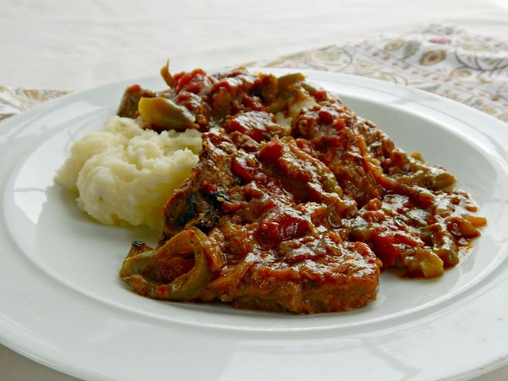 ... Swiss Steak on Pinterest | Steaks, Slow Cooker Swiss Steak and Beef
