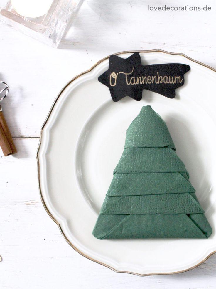 Servietten falten: Tannenbaum | Napkin Folding: Christmas Tree