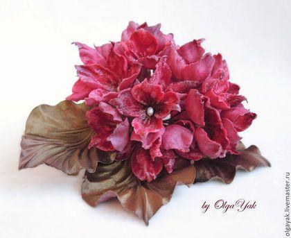 Цветы из ткани. Брошь Гортензия - гортензия цветок,цветы из шелка,пышный цветок
