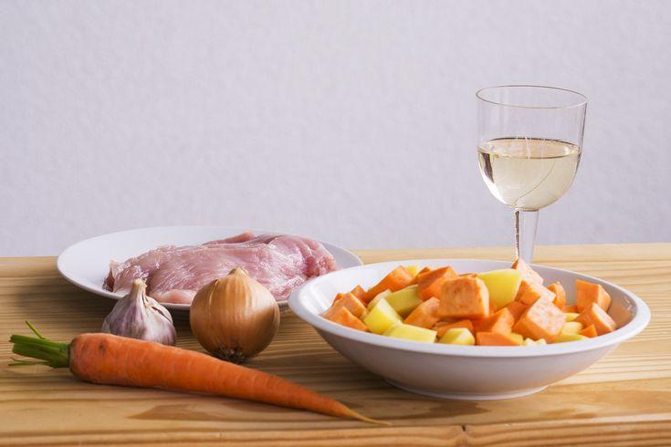 Recept, Svět zdraví, Krůtí medailonky pečené v papilotě s mrkví a batáty