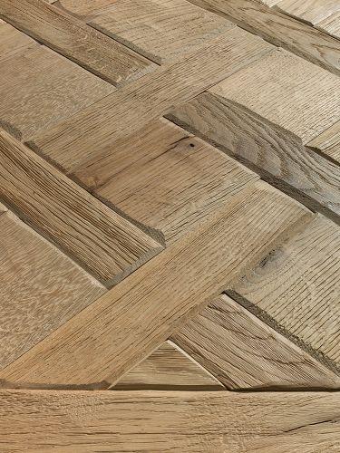 Bassano Parquet versailles american walnut, pattern standard dimension 50x50 cm