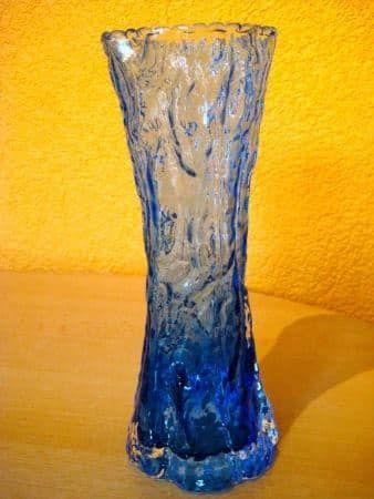 Glas-Vase,w. Iittala, Eisglasoptik, blau - 19.02.2017 15:44:00 - 1