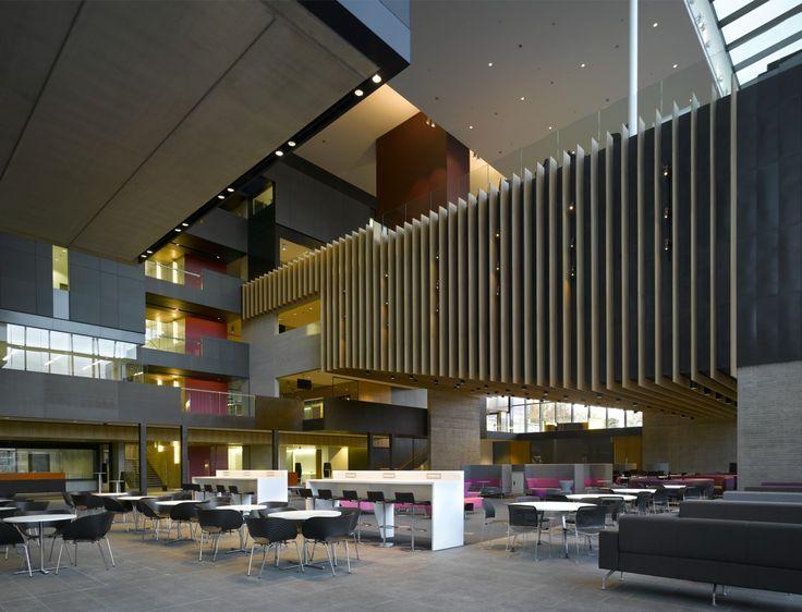 Forum space, John Henry Brookes Building, Oxford Brookes University