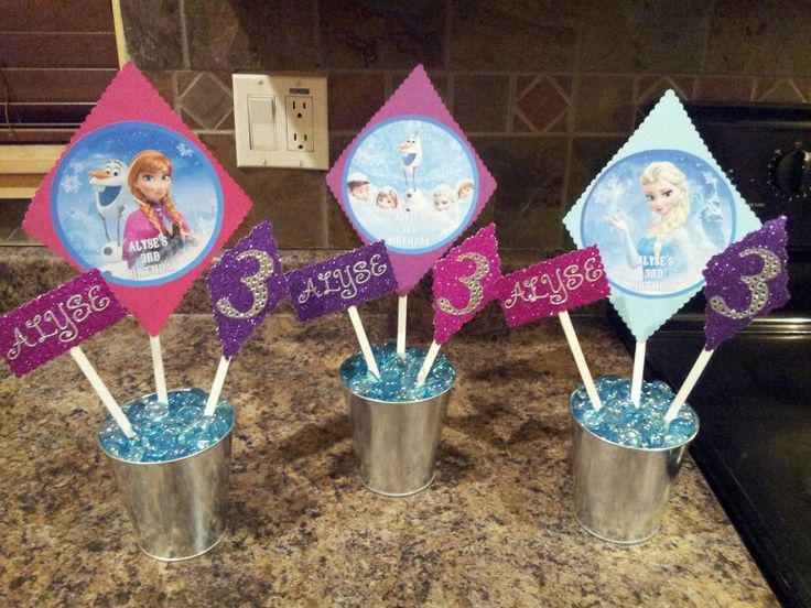 Disney Frozen Centerpieces