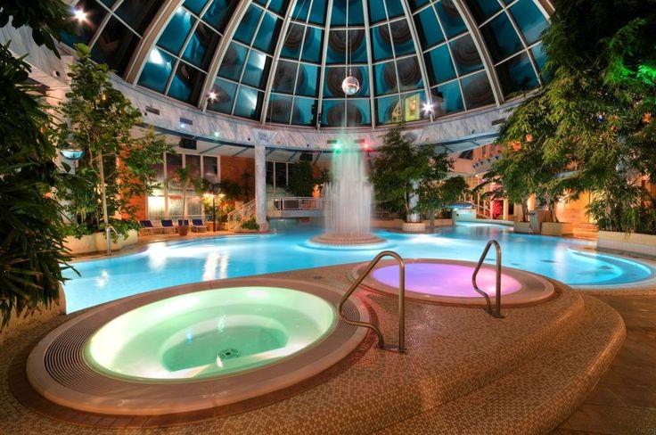 Checkt in eines dieser Wellnesshotels in NRW ein und verbringt einen entspannten Kurzurlaub ganz in der Nähe.