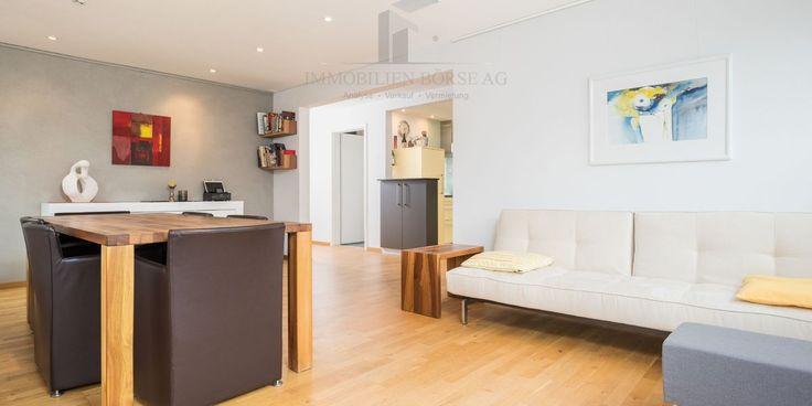 Das liebevoll renovierte 6.5 Zimmer Chalet ist nicht nur von aussen eine Augenweide, sondern überzeugt auch durch den modernen und offenen Ausbaustandard. Das ganze Haus wurde komplett renoviert und strahlt im neuen Glanz. ❤️    Viele weitere grossartige Objekte finden Sie auch auf unserer Webseite unter: www.immobilienboerse-ag.ch  Wir wünschen Ihnen einen wundervollen Tag!    Ihr Immobilien Börse Team.    #Schweiz #immobilienboerse #instagood #Immobilienmanagement #vacantland…