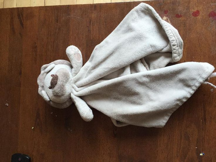 Lost on 19 Jun. 2016 @ Shannon limerick Ireland . Lost yesterday in Shannon airport or aer lingus flight to faro comfort blanket Visit: https://whiteboomerang.com/lostteddy/msg/fqa7kk (Posted by Elaine on 20 Jun. 2016)