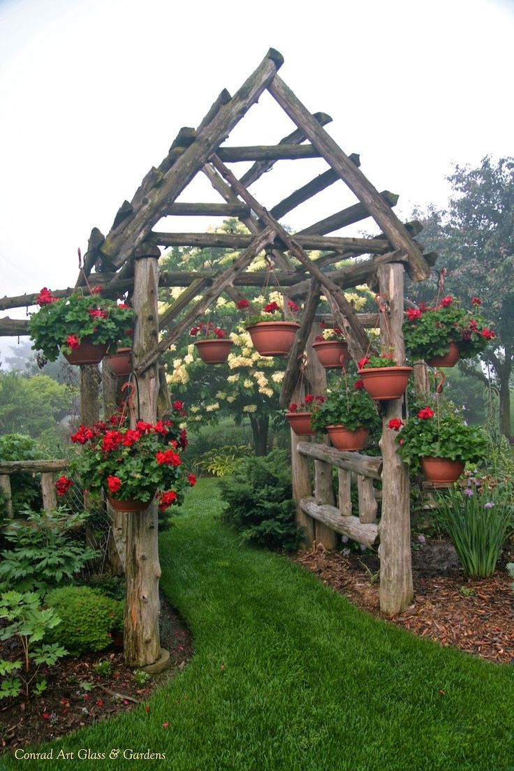 Garden Elements... the west arbor | Conrad Art Glass & Gardens