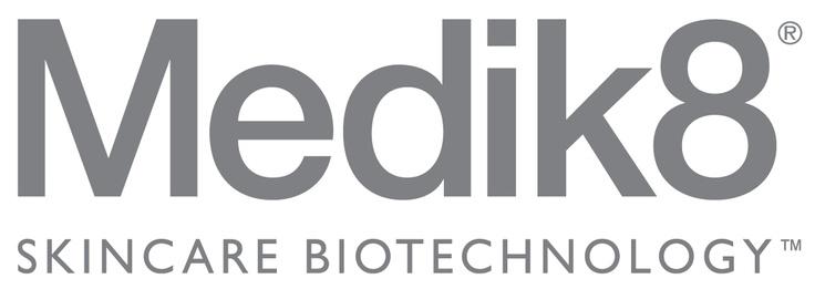 Medik8 es una empresa de investigación de la piel, pionera en tecnología cosmeceutica de productos adecuados para la piel sensible sin comprometer la eficacia para que puedan ser utilizados por todos.