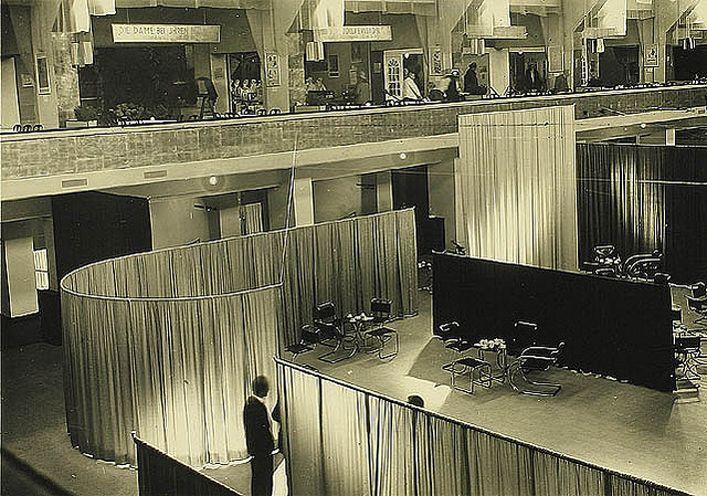 http://www.monoatelier.com/files/gimgs/35_velvet-silk-cafe-19271.jpg
