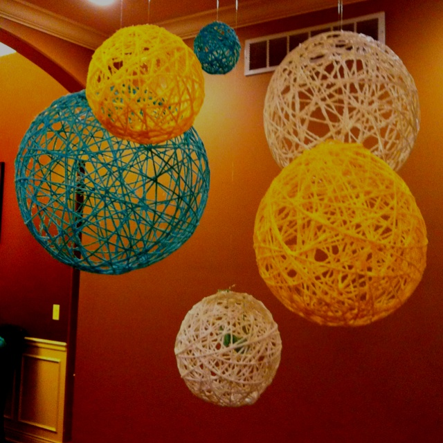 Balloon String Lights Diy : 25+ unique String lanterns ideas on Pinterest String balloons, Diy projects you can make with ...