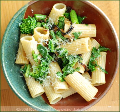 Rigatoni w/broccoli rabe (Not Derby Pie) | Lunch Bunch | Pinterest