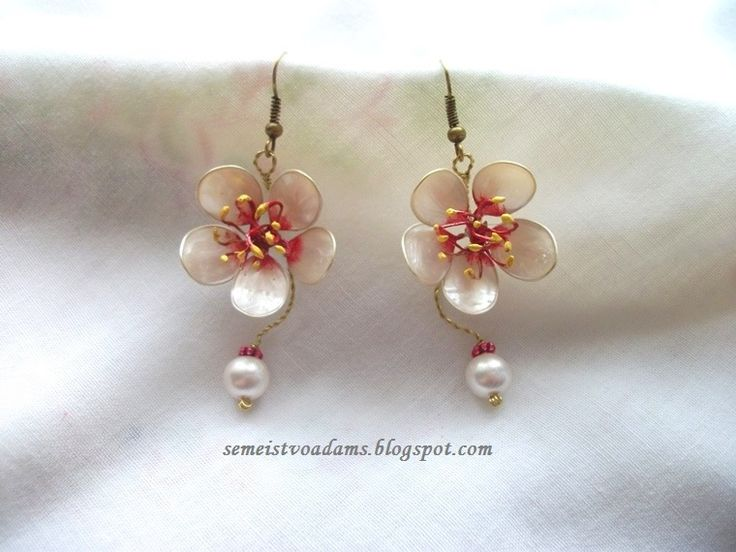 Wire cherry blossom flowers earrings with nail polish by semeistvoadams.blogspot.com