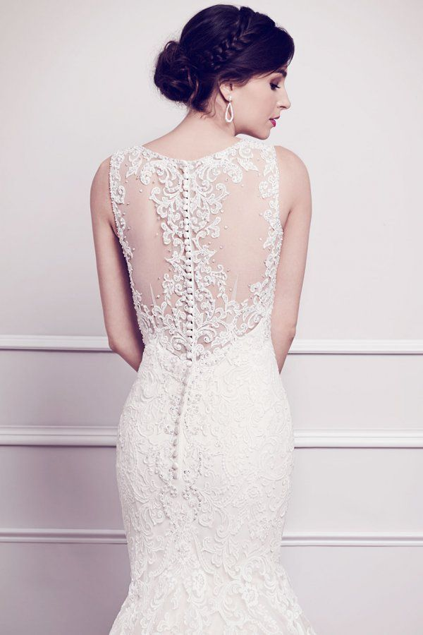 The beading and detail is unbeatable on this Kenneth Winston fit-n-flare style 1565. #somethinggoldweddings