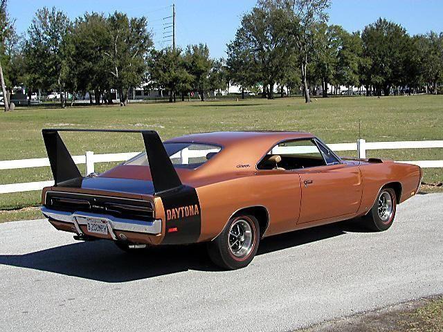 1969 dodge charger daytona dodgechargerclassiccars classic cars dodge charger 1969 dodge charger daytona pinterest