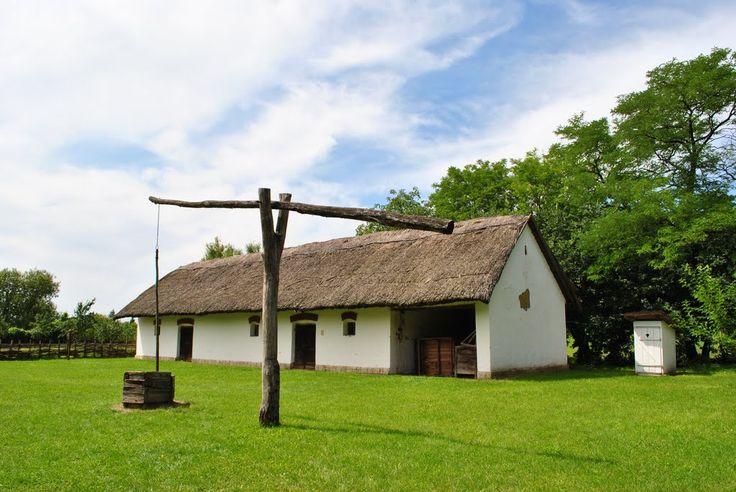 Nádfedeles parasztház 19. század - rend és tisztaság mindenfelé