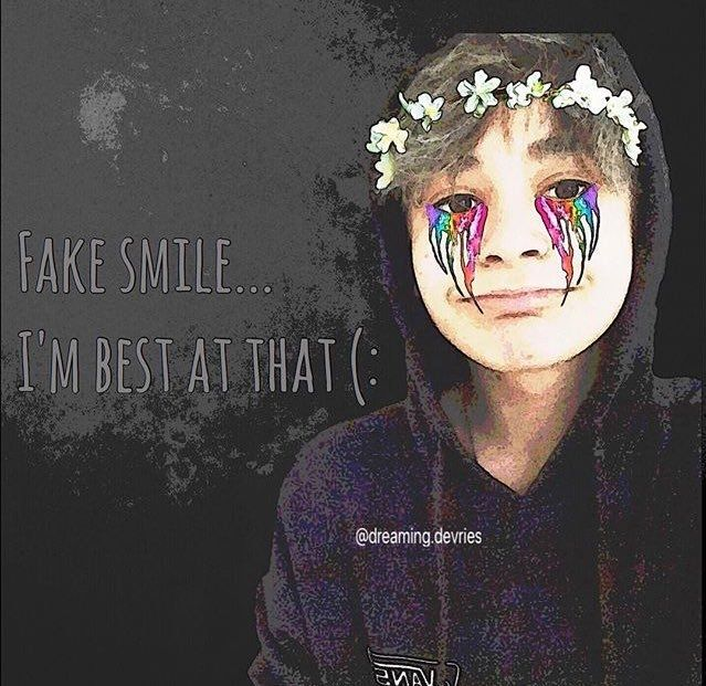 ❤ leo ❤                            fake smile ... I'm best at that (: