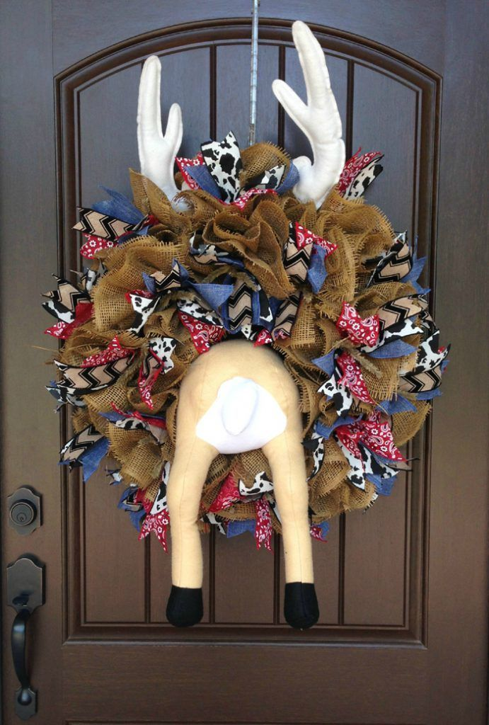 Wreath Tutorial with Deer Butt - Trendy Tree Blog