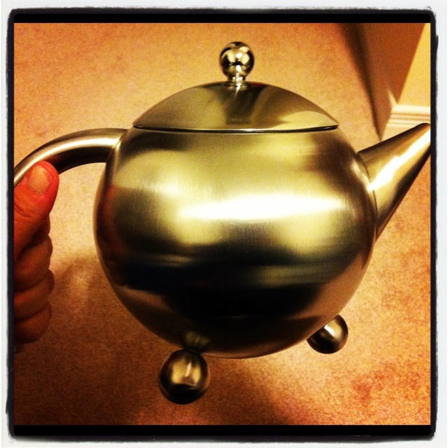 Henley teapot from Steeped Tea- best teapot ever!