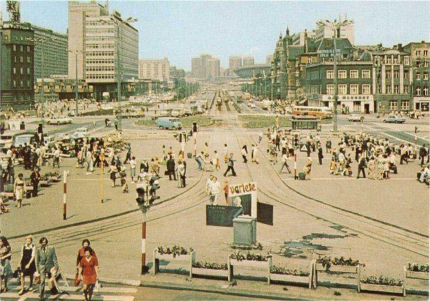Katowicki rynek w czasach PRL-u. Zdjęcie ze zbiorów Marka Wójcika #katowice #PRL