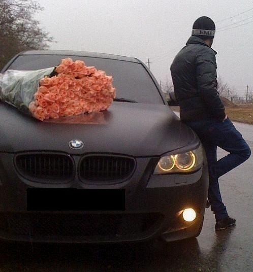 matte black beamer + a shit ton of coral roses = my dream