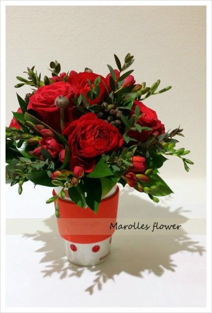 Red flower arrangement Table centerpiece Florist Juhee Lee