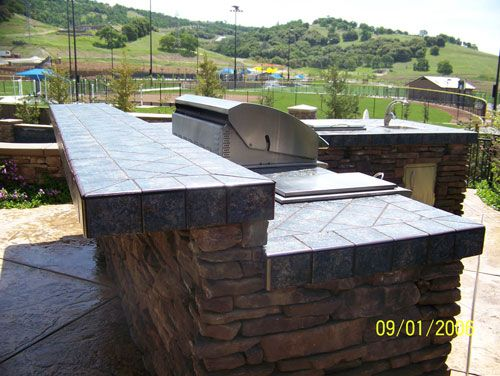 47 best images about outdoor bbq 39 s on pinterest for Built in bbq island designs