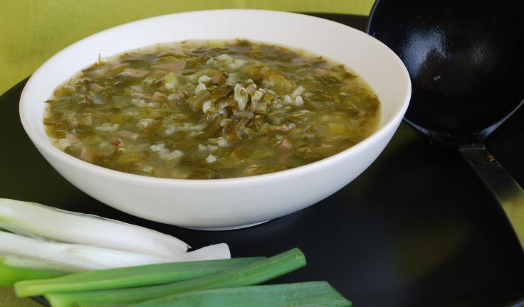 Παραδοσιακή μαγειρίτσα από την μαμά Γιώτα με όλα τα μυστικά βήμα-βήμα για το τραπέζι μετά την ανάσταση Τι θα χρειαστείς 1 συκωταριά αρνίσια ή κατσικίσια ½ κούπα ρύζι γλασέ 1 ποτήρι του κρασιού λάδι Αλάτι και πιπέρι Ξύδι Άνηθος (όσο θέλουμε εμείς) 3 μαρουλάκια τρυφερά 3-4 κρεμμυδάκια χλωρά 2 αυγά για το αυγολέμονο 2 λεμόνια [...]