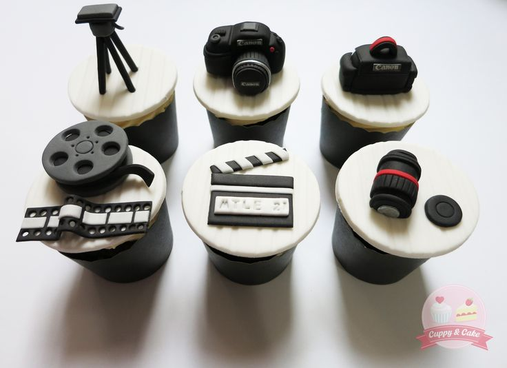 Canon camera themed cupcakes #cuppyandcake #canon #camera #canoncamera #cameracupcakes