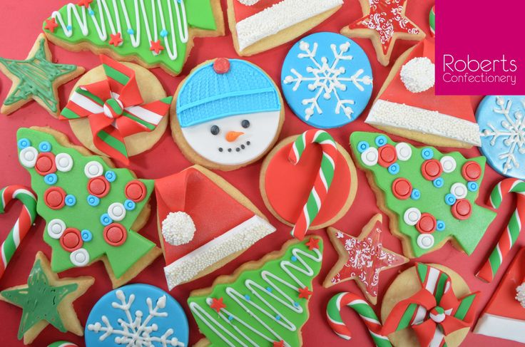 Christmas Cookies using Satin Ice Fondant @satinfinefoods #christmas #cookies