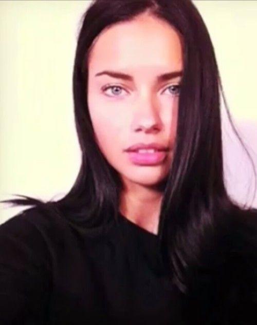 Verboten sexy: Adriana Lima zeigt sich nackt la Kim K
