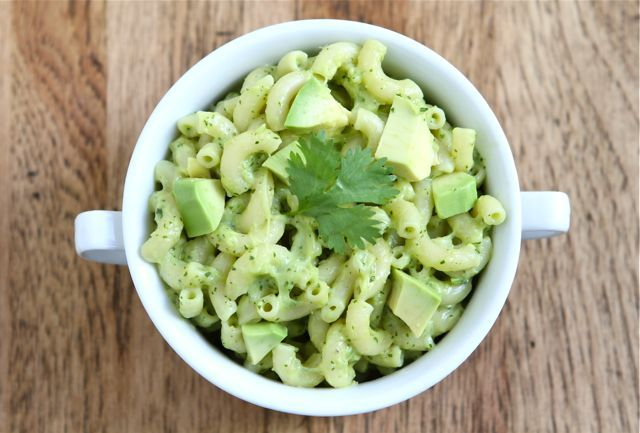 avocado-mac-and-cheese!!: Ideas, Mac Cheese, Favorite Things, Chee Recipes, Mac N Cheese, The Queen, Cheese Recipes, Avocado Mac, Tried This