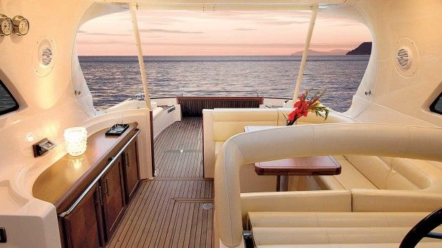 Mochi Craft Dolphin 44' Back Side Interior #theyachtownernet #theyachtowner