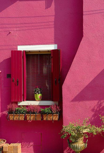 Colorful houses, Fondementi Pontinella Destro, Burano Venice Italy Veneto