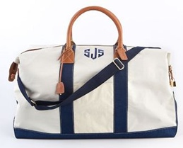 Perfect weekender bag!Weekend Getaways, Weekend Bags, Travel Bags, Style, The Weekend, Canvas, Duffle Bags, J Mclaughlin, Monograms