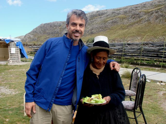 Chris stands with Dona Sophia, who has brought a special maca dish to share with the CNN TV crew who we brought to the Peruvian Highlands to shoot a special on maca. Photo by Zoe Helene