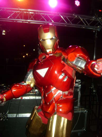 Iron Man 2 Suit Tutorial with Pepakura files. - Mark VI - http://www.instructables.com/id/IRONMAN-2-suit-mark-6/