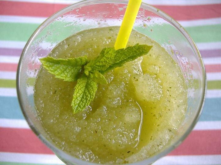 limonada con hierba buena!