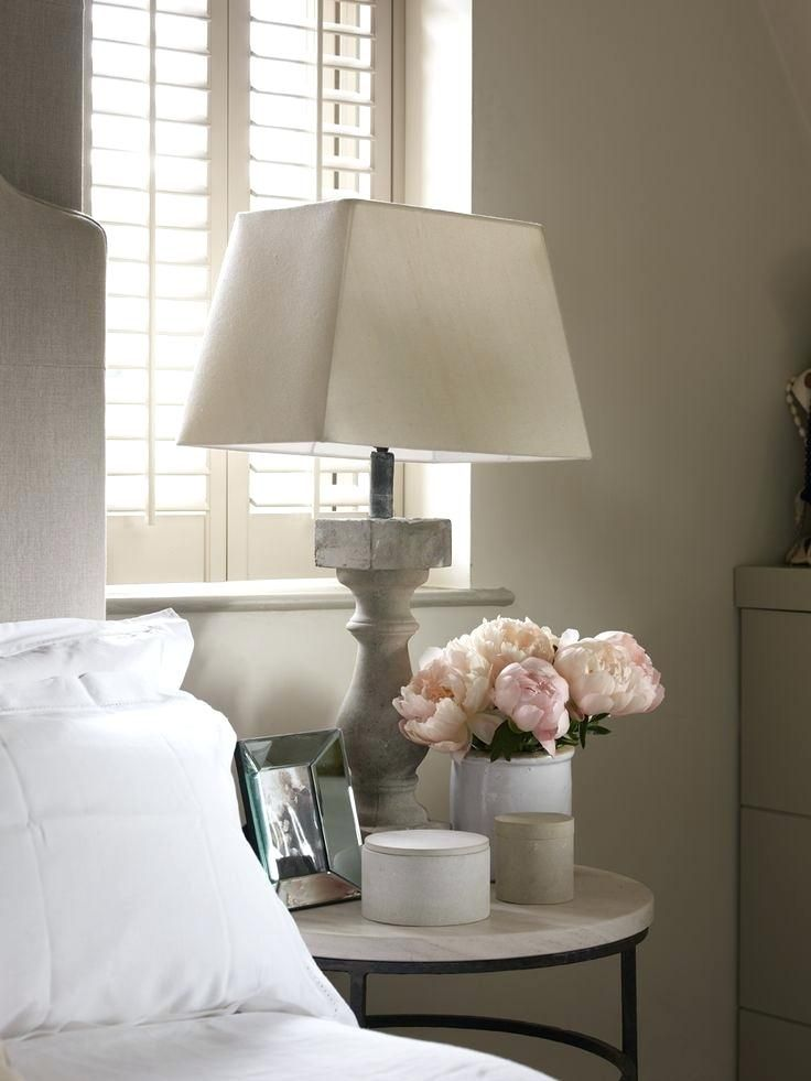 Small Bedside Table Ideas: The Budding Home Décor: Small Side Table Ideas For Use
