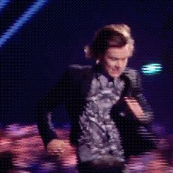 When Harry ran from the distance and explained that he was actually having a wee. | The 31 Most Perfect One Direction Moments From The Brit Awards