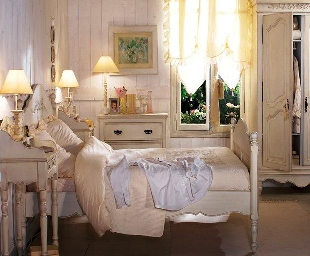 modern bedroom decorating ideas in provencal style - French Style Bedroom Decorating Ideas