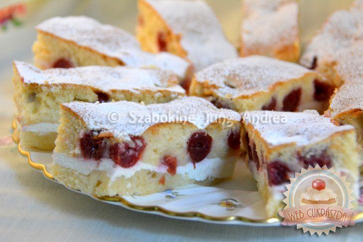 Kevert túrós-meggyes süti