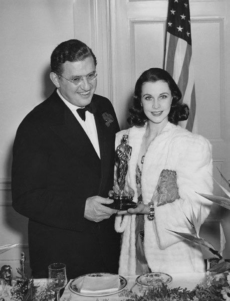 1940 Best Actress Winner: Vivien Leigh for her role as Scarlett O'Hara in Gone with the Wind (1939). Here with Gone with the Wind producer, David O. Selznick.